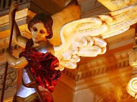 Preghiera di liberazione dal male a S. Michele Arcangelo